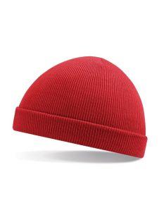 Pletena kapa z zavikom.